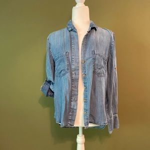 Cloth and stone chambray button down shirt S